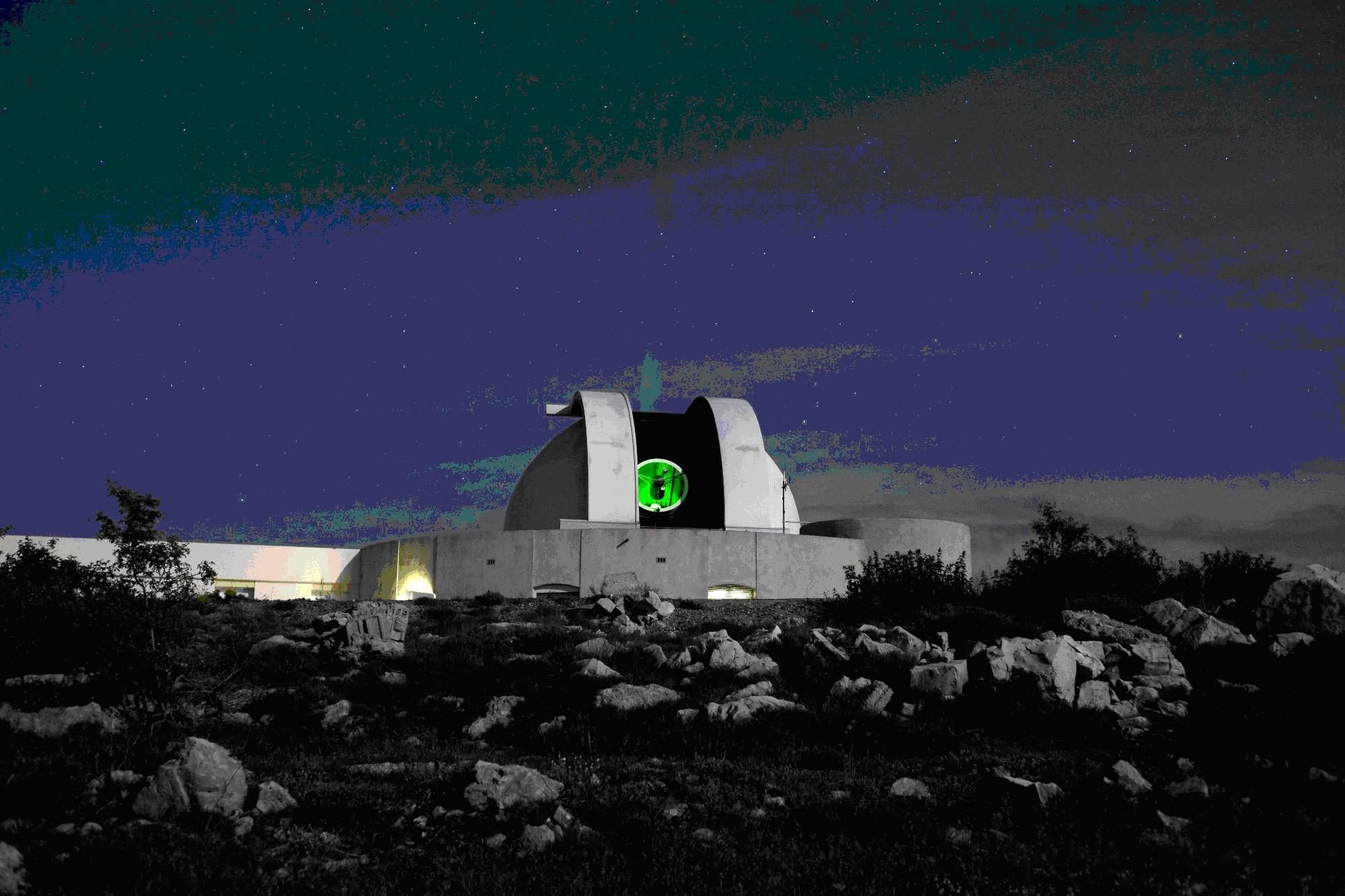 Station laser MEO sur le plateau de Calern