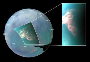 Nuage observé près du pôle sud par l'instrument VIMS le 26 mars 2007 lors d'un survol de Titan par Cassini - Crédit : NASA/JPL/Université d'Arizona/Universi