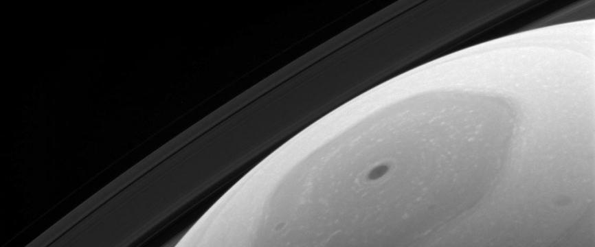 Le complexe hexagone au pôle Nord de Saturne