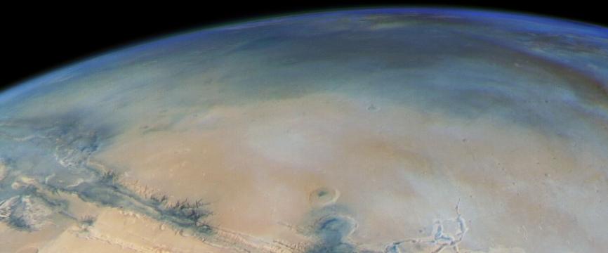 Mars Express décrypte les cycles de l'atmosphère martienne