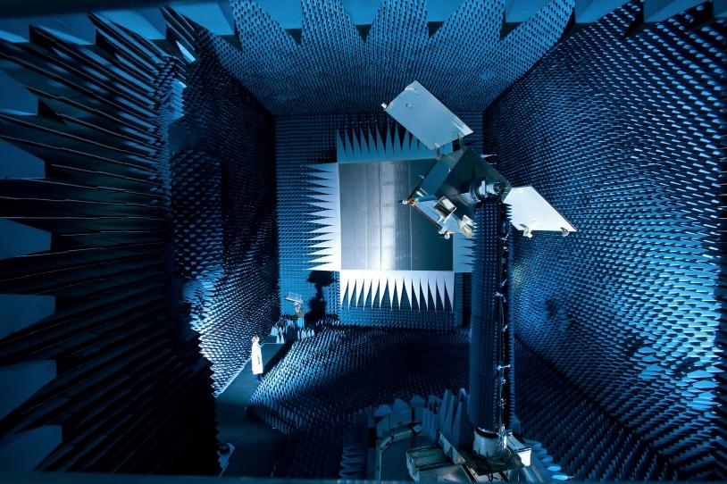 Base Compacte de Mesure d'Antennes BCMA