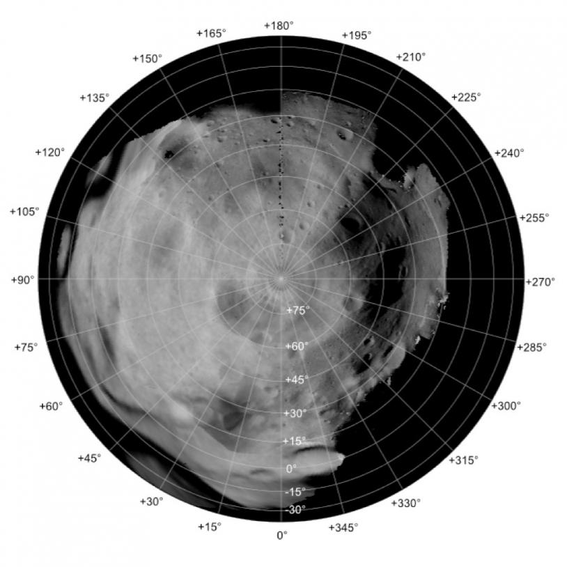 Le pôle Nord de Lutétia. Credits: ESA 2011 MPS for OSIRIS Team MPS/UPD/LAM/IAA/RSSD/INTA/UPM/DASP/IDA.